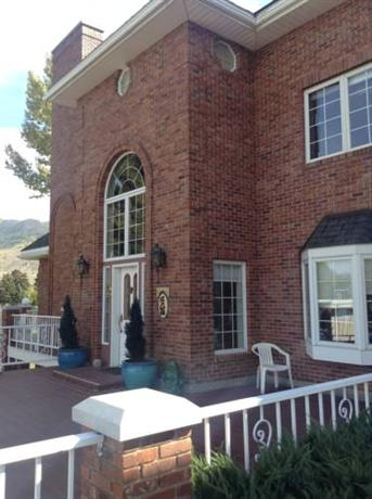 Toad Hall Manor Bed and Breakfast