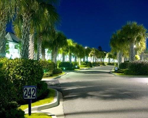 Plantation Resort, Myrtle Beach - Compare Deals