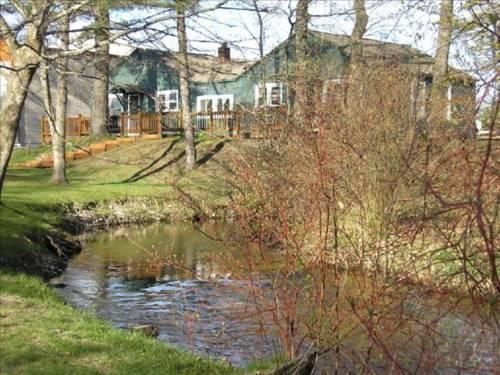 Mitchell Creek Inn
