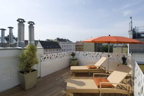Hotel rathaus wein design buscador de hoteles viena for Hotel 1690 designhotel rendsburg