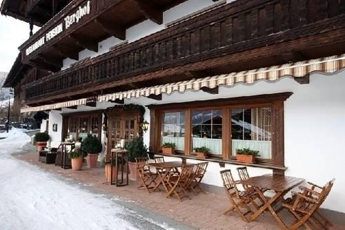 Gasthof berghof alpbach compare deals for Boutique hotel gasthof brugghof