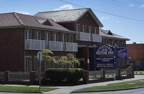 Courtyard Motor Inn