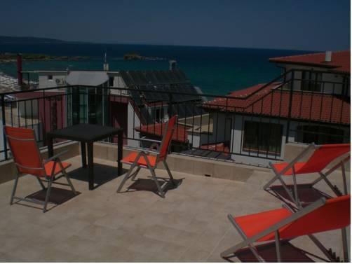Hotel bellisimo lozenets confronta le offerte for Cabina doccia eklis montaggio