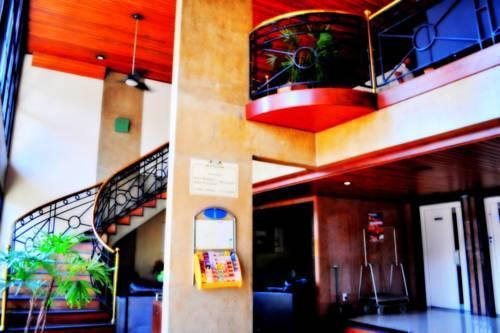 Cezanne Plaza Apart Hotel