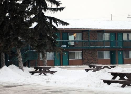 Lodge Motor Inn