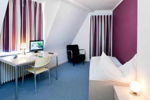 Hotel Foyer Hottingen Review : Foyer hottingen zurigo offerte in corso
