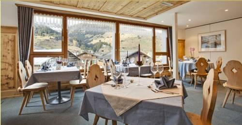 Familienhotel alpina breil brigels die g nstigsten angebote for Modernes familienhotel