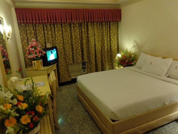 Hotel Poonja International, Mangalore - Compare Deals