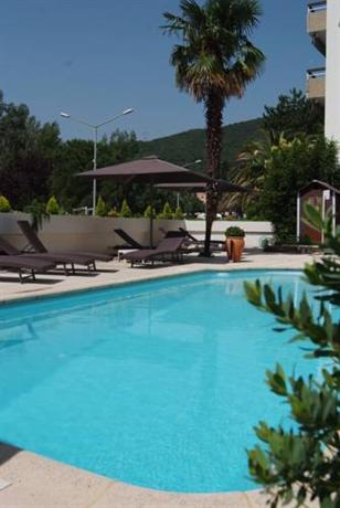 Grand hotel de la reine amelie les bains palalda am lie for Resort termali in cabina