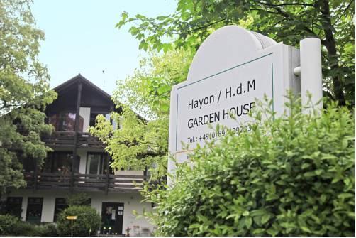 Garden House & East Park-Apartments