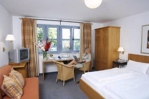 Hotel Zur Muhle Ismaning Compare Deals