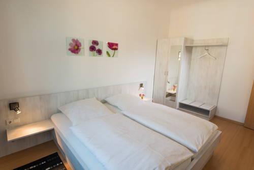 City Hotel Eisenach Compare Deals