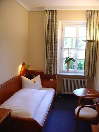 hotel kaiserstuhl ihringen die g nstigsten angebote. Black Bedroom Furniture Sets. Home Design Ideas