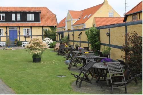 Pension slaegtsgaarden bornholm allinge compare deals for Pension kopenhagen
