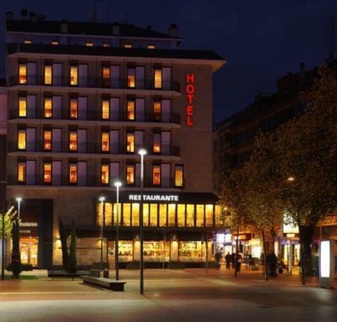 Hotel La Bilbaina Отель Ла Билбаина Витория