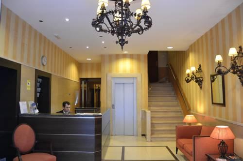 Sur Hotel Malaga Отель Сьюр Малага
