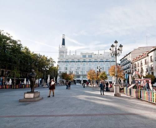 L&H Plaza Santa Ana