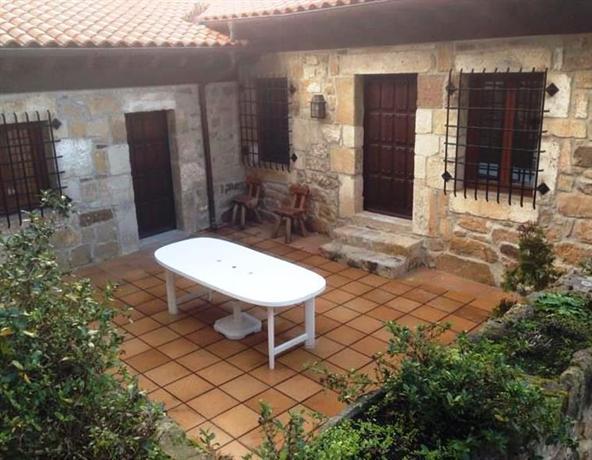 Casa rural abadia pinares de soria molinos de duero for Asociacion pinar jardin