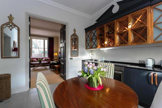 Onefinestay knightsbridge private homes london for Knightsbridge homes