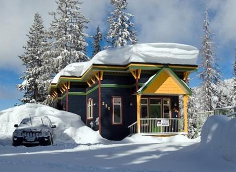 Vance Creek Vacation Accommodation on Silver Star Mountain