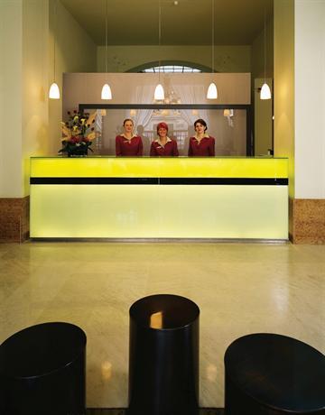 מלון K+K סנטרל צילום של הוטלס קומביינד - למטייל (3)