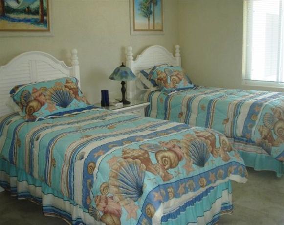 Grand Cayman Beachfront Condo