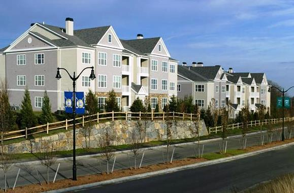 Archstone quarry hills quincy compare deals for Appart hotel quincy