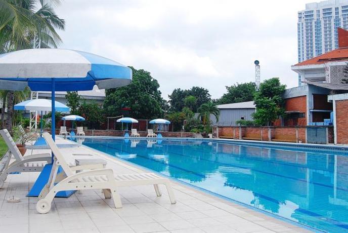 Surabaya Plaza Hotel Compare Deals