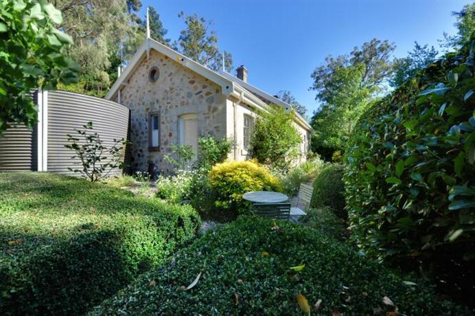 Mount Lofty Cottages