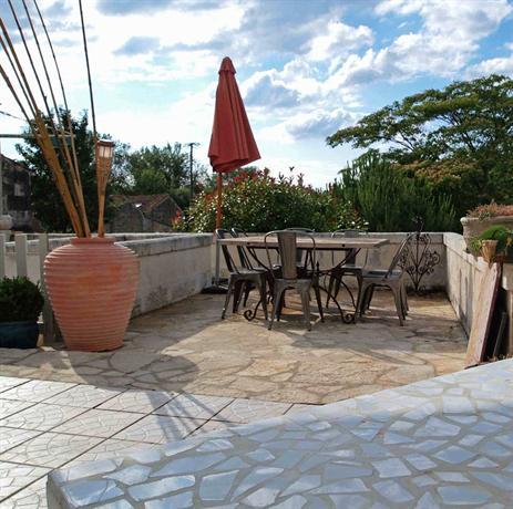 Maison d 39 alienor port d 39 envaux encuentra el mejor precio for Maisons alienor