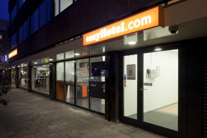 Easyhotel Amsterdam City Centre South Compare Deals