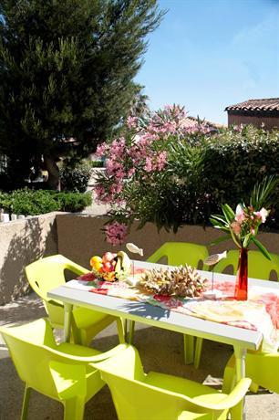 Grand bleu vacances residence les jardins de neptune for Grand jardin wine