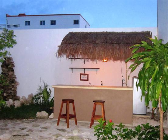 Hostal jardin mahahual majahual compare deals for Hostal jardin