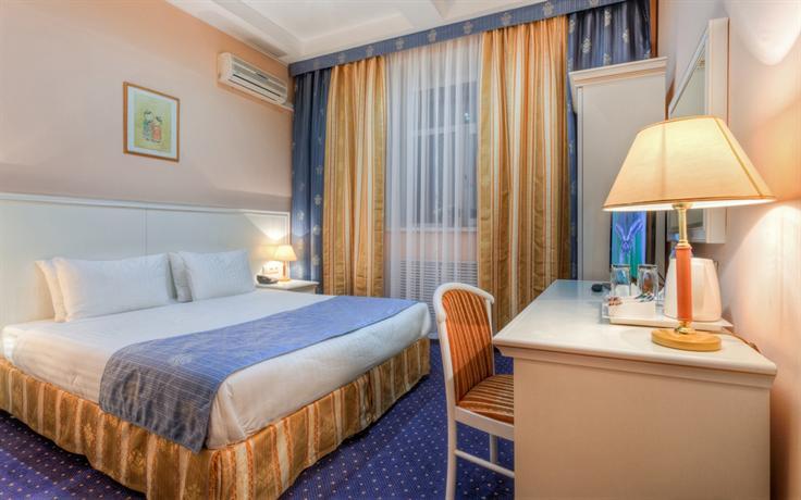 מלון באייקל פלאזה צילום של הוטלס קומביינד - למטייל (2)