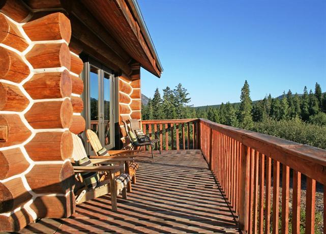 Gilden lodge mount shasta compare deals for Mount shasta cabins for rent
