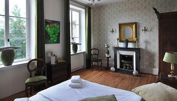 Chambres d 39 hotes maison salvard saint amand en puisaye - Chambre d hote saint sauveur en puisaye ...