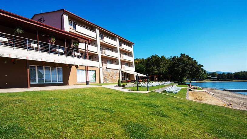 Hotel glamour michalovce kaluza comparer les offres for Comparer les hotels