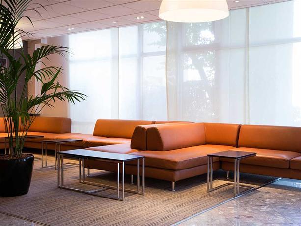mercure paris roissy cdg roissy en france compare deals. Black Bedroom Furniture Sets. Home Design Ideas