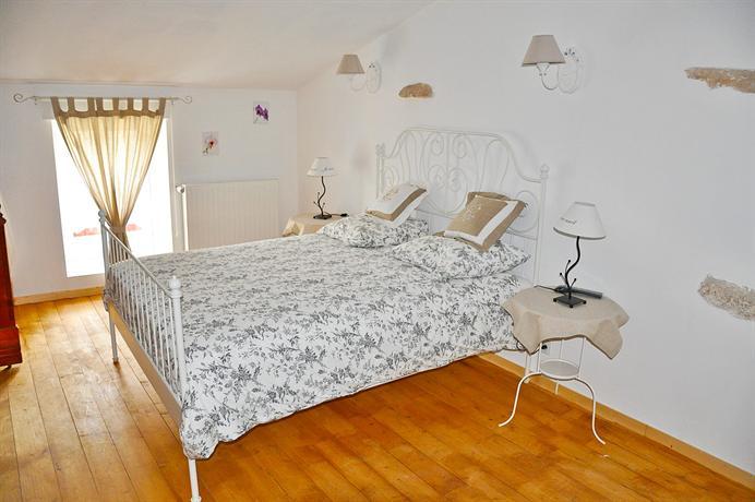 chambres d 39 hotes les dimes fontenay le comte encuentra el mejor precio. Black Bedroom Furniture Sets. Home Design Ideas