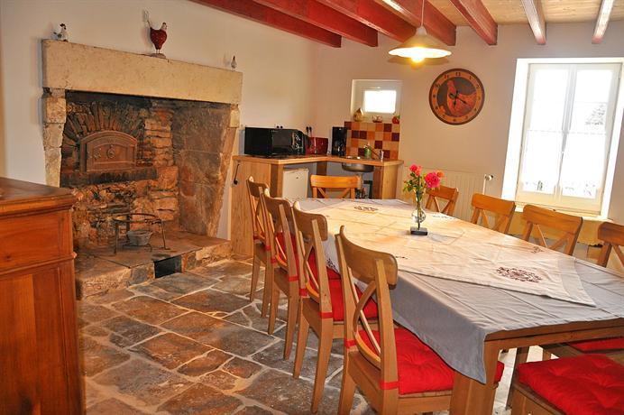 chambres d 39 hotes les dimes fontenay le comte compare deals. Black Bedroom Furniture Sets. Home Design Ideas