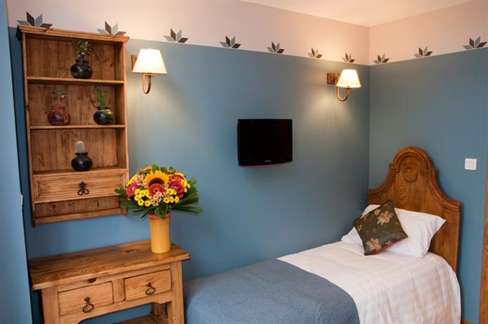 les jardins de l 39 hacienda tarare. Black Bedroom Furniture Sets. Home Design Ideas