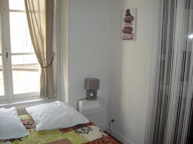 le petit gras clermont sejour clermont ferrand compare deals. Black Bedroom Furniture Sets. Home Design Ideas