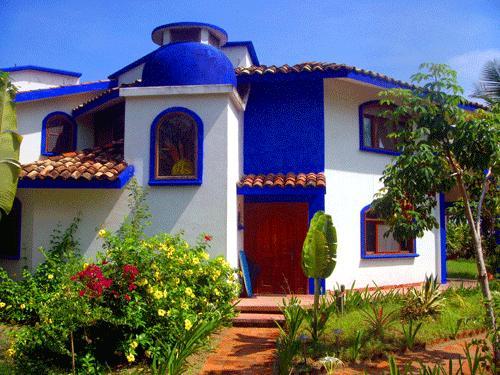 Hotel cocoloco tecolutla compare deals for Casitas veracruz