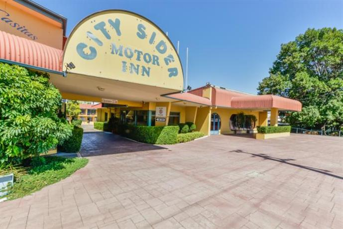 City sider motor inn tamworth compare deals for Motor city hotel packages