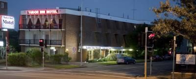 Tudor Inn Motel