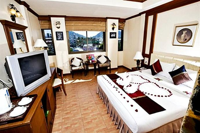 Phuket Guest Friendly Hotels - Tiger Inn Hotel