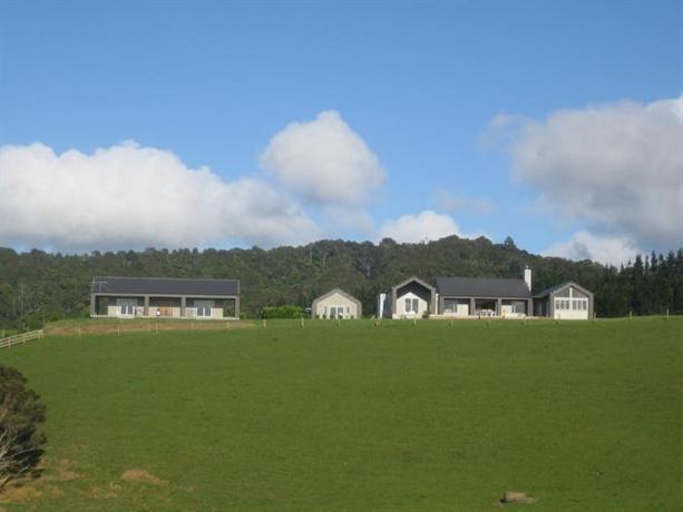 Sugarloaf Lodge Matakana