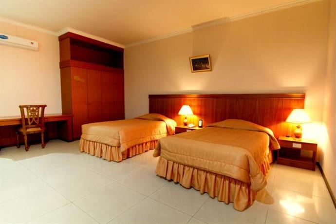 Garuda Hotel Pontianak Compare Deals