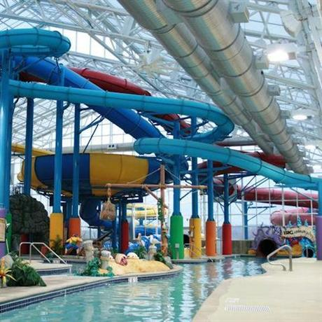About Splash Adventure Indoor Water Park Resort
