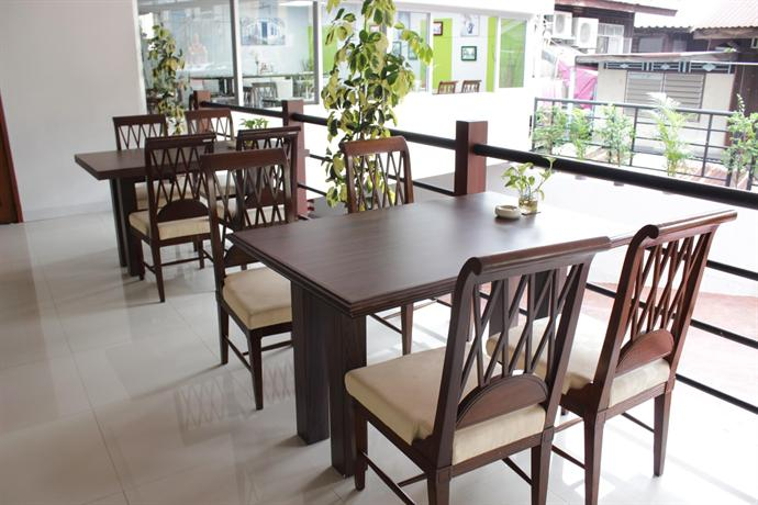 pas cher hotel de bangkok compare deals. Black Bedroom Furniture Sets. Home Design Ideas
